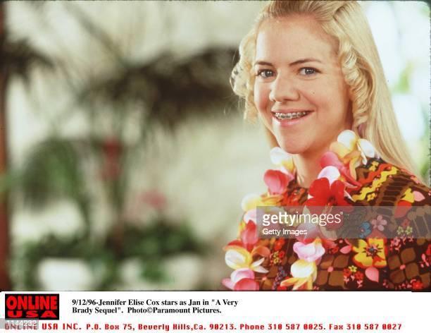 Jennifer Elise Cox Stars As Jan In The New Comedy A Very Brady Sequel