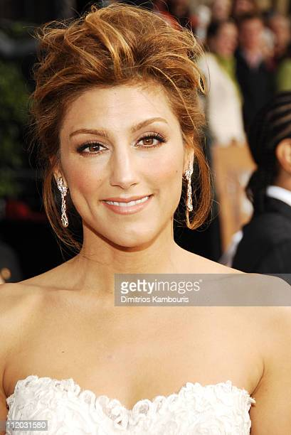 Jennifer Esposito 10618_dk0194JPG during TNT Broadcasts 12th Annual Screen Actors Guild Awards Red Carpet at Shrine Expo Hall in Los Angeles...