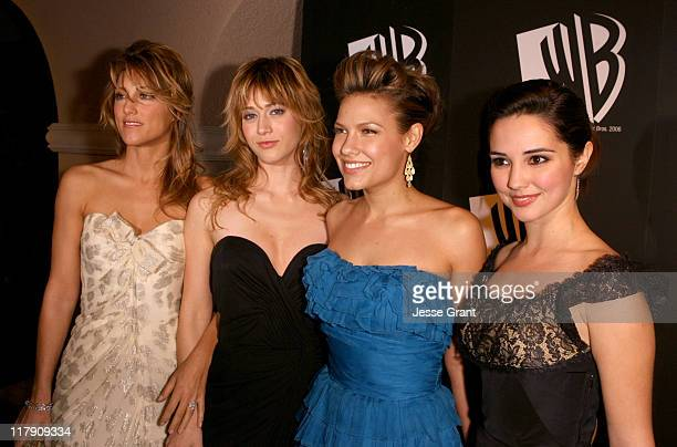 Jennifer Esposito Lizzy Caplan Kiele Sanchez and Laura Breckenridge
