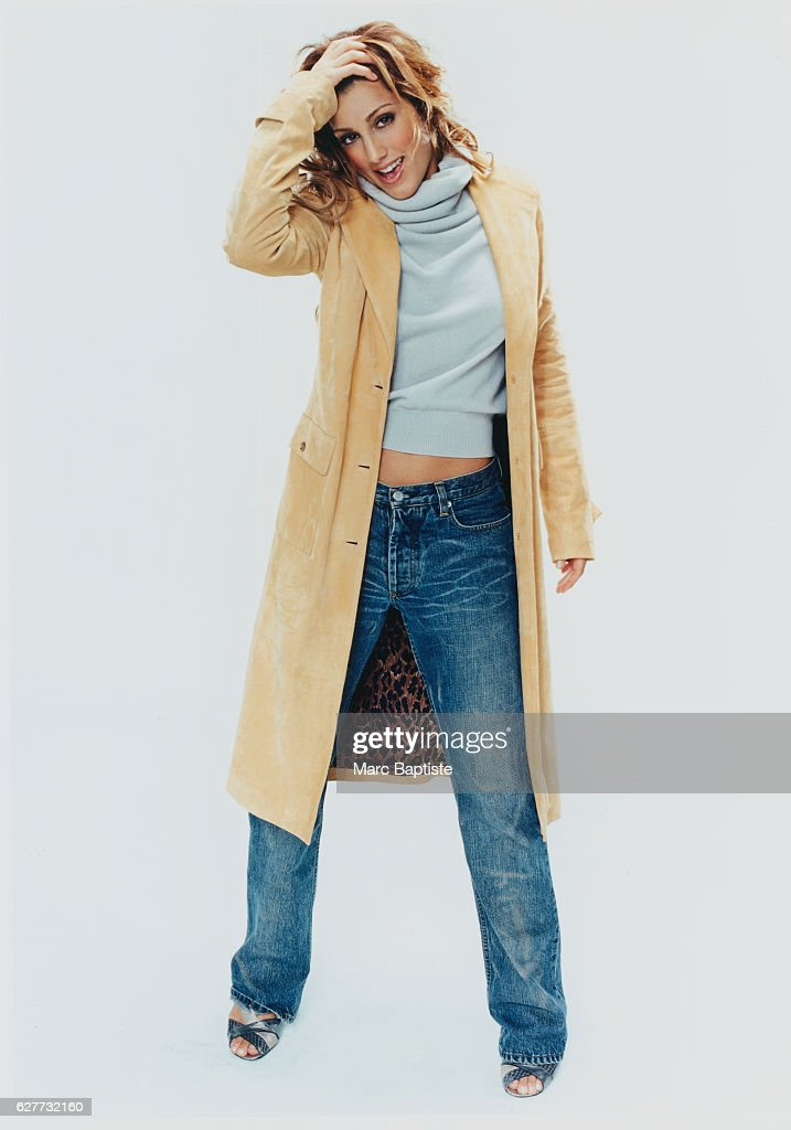 Jennifer Esposito, 2003 : News Photo