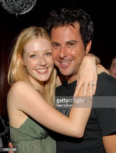 Jennifer Finnigan and Jonathan Silverman during Evan & Jaron at Hotel Cafe - June 22, 2006 at Hotel Cafe in Hollywood, California, United States.