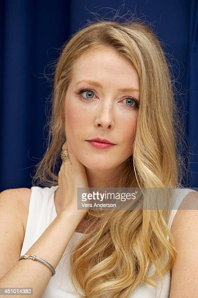 Jennifer Finnigan on mercedes benz logo usage