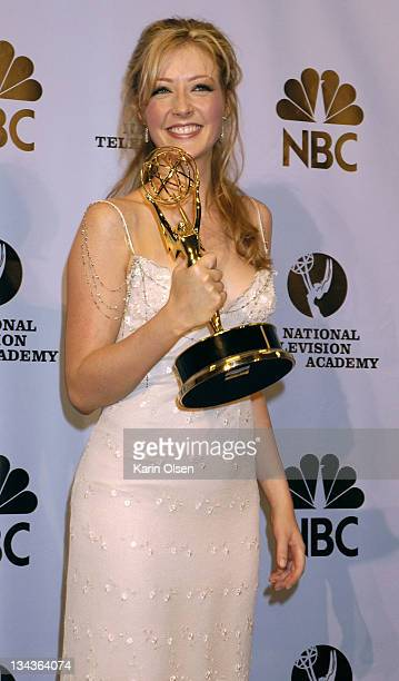 """Jennifer Finnigan, winner of Outstanding Younger Actress in a Drama Series for """"The Bold and the Beautiful"""""""