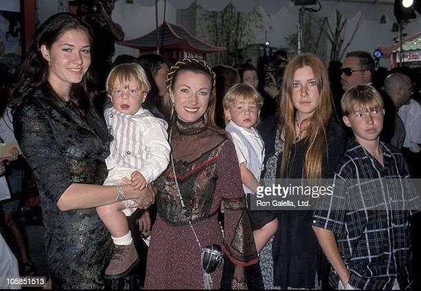 Jennifer Flynn Jane Seymour Katherine Flynn Sean Flynn and twins Kristopher Keach and John Keach