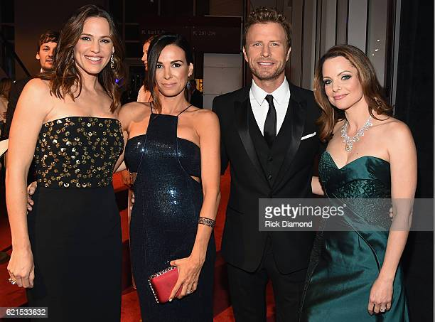 Jennifer Gardner Cassidy Black Dierks Bentley and Kimberly Williams Paisley wearing Jonathon Arndt custom design Heart of the South Diamond attend...