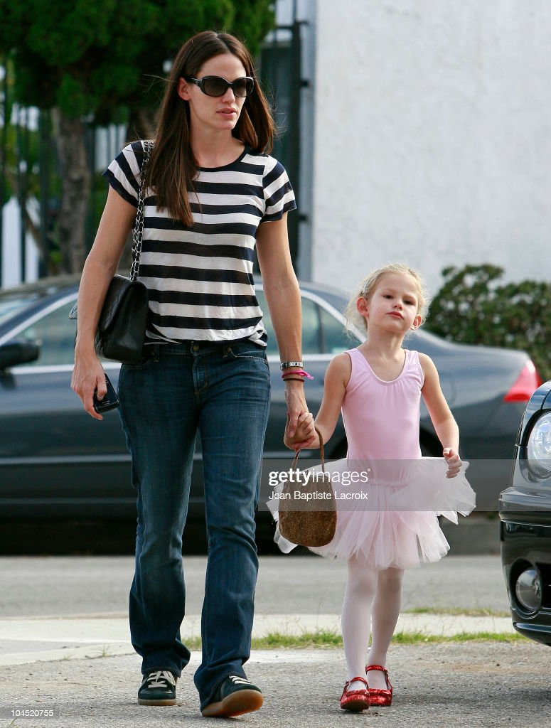 Celebrity Sightings In Los Angeles - September 28, 2010