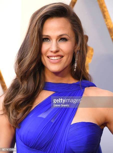 Jennifer Garner arrives at the 90th Annual Academy Awards at Hollywood Highland Center on March 4 2018 in Hollywood California