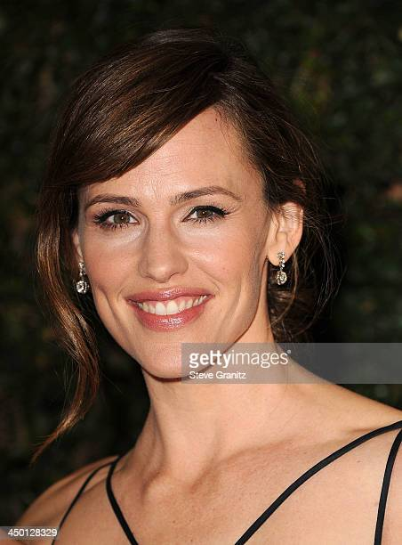 Jennifer Garner arrives at the The Board Of Governors Of The Academy Of Motion Picture Arts And Sciences' Governor Awards at Dolby Theatre on...