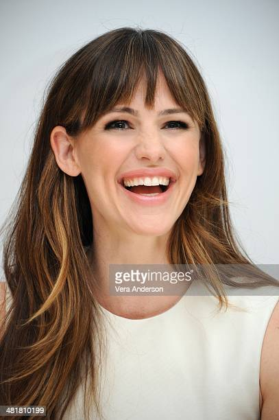 "Jennifer Garner at the ""Draft Day"" Press Conference at the Four Seasons Hotel on March 29, 2014 in Beverly Hills, California."
