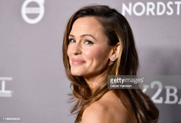 Jennifer Garner attends 2019 Baby2Baby Gala Presented By Paul Mitchell at 3LABS on November 09, 2019 in Culver City, California.
