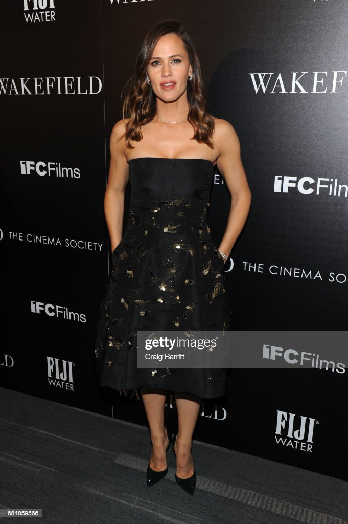 Jennifer Garner attends a special screening of 'Wakefield' hosted by FIJI Water and the Cinema Society at Landmark Sunshine Cinema on May 18, 2017 in New York City.