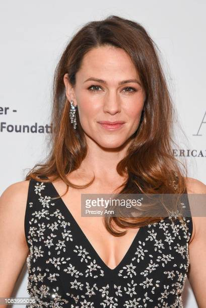 Jennifer Garner attends American Ballet Theatre's Annual Holiday Benefit at The Beverly Hilton Hotel on December 17 2018 in Beverly Hills California