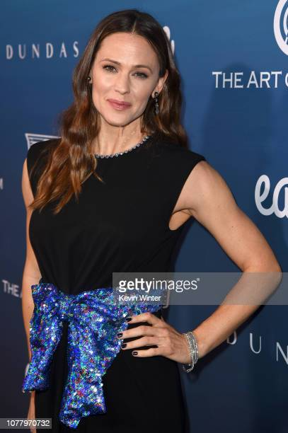 Jennifer Garner attends Michael Muller's HEAVEN presented by The Art of Elysium on January 5 2019 in Los Angeles California