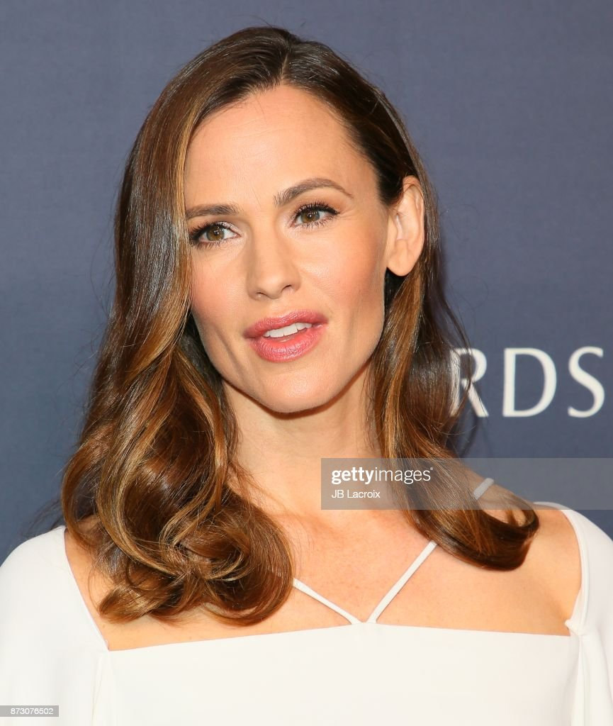 Jennifer Garner attends the 2017 Baby2Baby Gala on November 11, 2017 in Los Angeles, California.