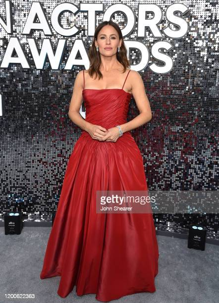Jennifer Garner attends the 26th Annual Screen Actors Guild Awards at The Shrine Auditorium on January 19 2020 in Los Angeles California