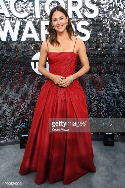 Jennifer Garner attends the 26th Annual Screen ActorsGuild Awards at The Shrine Auditorium on January 19, 2020 in Los Angeles, California. 721336
