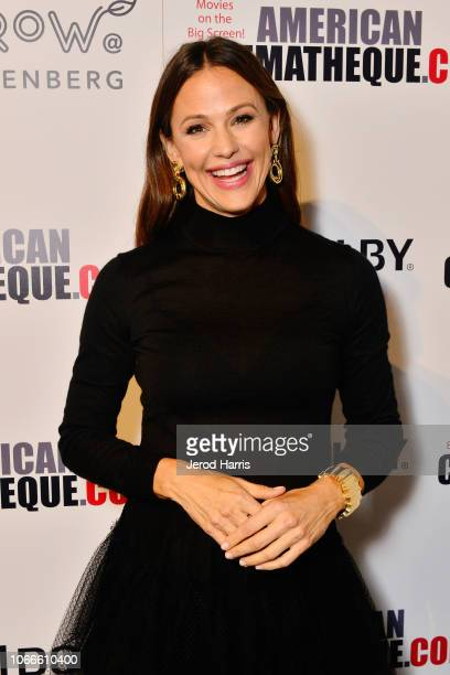 Jennifer Garner attends the 32nd American Cinematheque Award Presentation Honoring Bradley Cooper Presented by GRoW @ Annenberg Presentation and The...