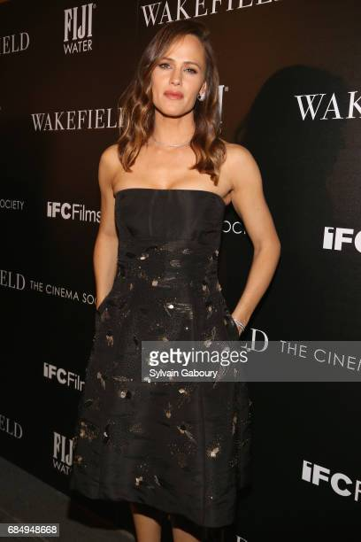 Jennifer Garner attends The Cinema Society and FIJI Water host a screening of IFC Films' 'Wakefield' on May 18 2017 in New York City