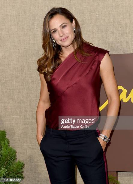 Jennifer Garner attends the Los Angeles premiere of HBO series 'Camping' at Paramount Studios on October 10 2018 in Hollywood California