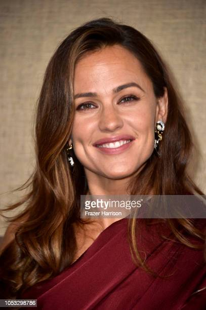 Jennifer Garner attends the Los Angeles premiere of the HBO Series Camping at Paramount Studios on October 10 2018 in Hollywood California