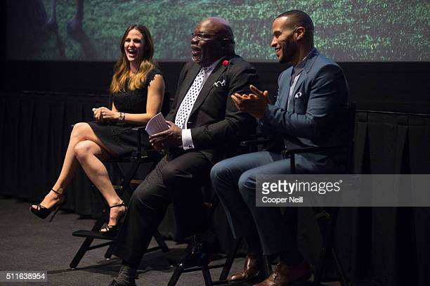 Jennifer Garner Bishop TD Jakes and DeVon Franklin speak during a QA session after the premiere of 'Miracles From Heaven' on February 21 2016 in...