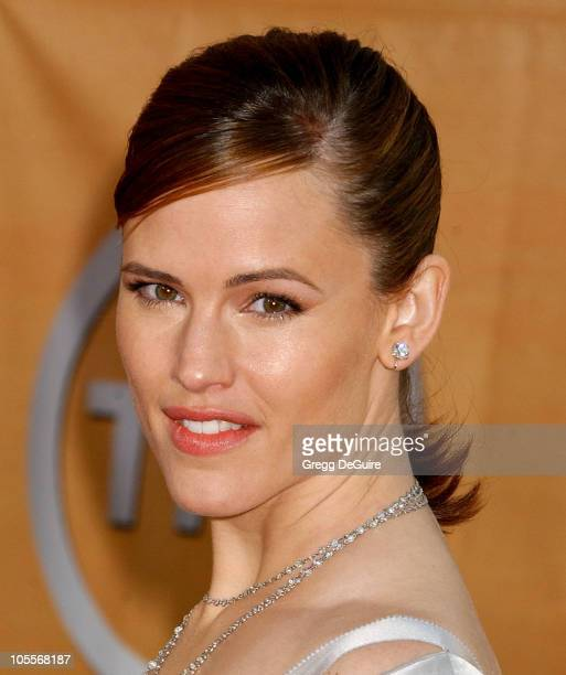 Jennifer Garner during 11th Annual Screen Actors Guild Awards Arrivals at Shrine Auditorium in Los Angeles California United States