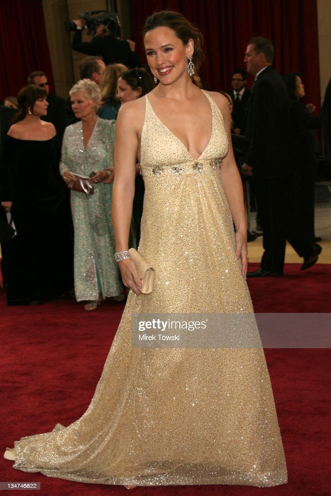 Jennifer Garner during The 78th Annual Academy Awards - Arrivals at Kodak Theatre in Hollywood, California, United States.