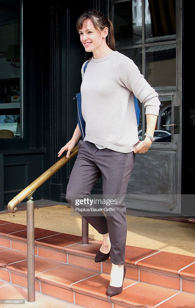 Jennifer Garner is seen leaving Tavern restaurant in Brentwood on March 25, 2014 in Los Angeles, California.