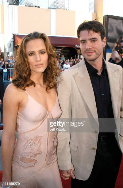 Jennifer Garner Daredevil Premiere 60 Top Scott Fo...