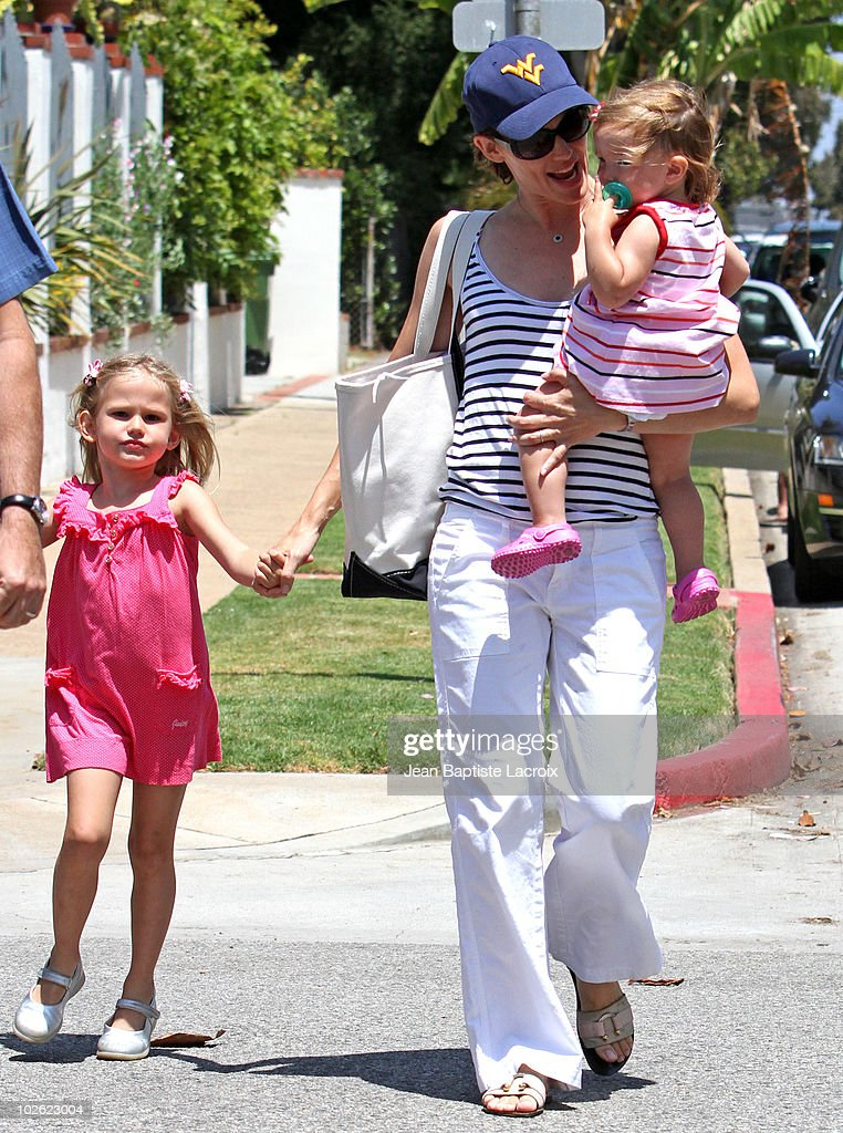 Celebrity Sightings In Los Angeles - July 04, 2010