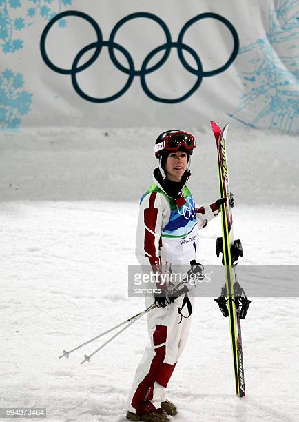 Jennifer Heil gewinnt die Silbermedaille Olympische Winterspiele 2010 in Vancouver Freestyle Ladies Moguls Cypress Mountain