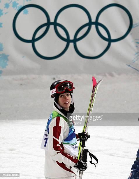 Jennifer Heil gewinnt die Silbermedaille Olympische Winterspiele 2010 in Vancouver Freestyle Ladies Moguls Cypress Mountain