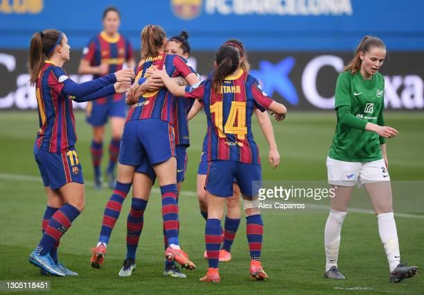 Jennifer Hermoso of FC Barcelona celebrates with Alexia Putellas, Caroline Graham and Aitana Bonmati after scoring their side's third goal during the...