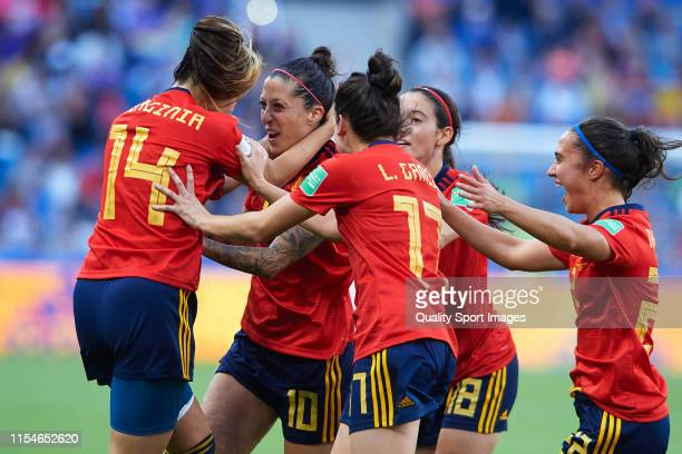 Jennifer Hermoso of Spain celebrates after scoring his team's second goal with teammates during the 2019 FIFA Women's World Cup France group B match...