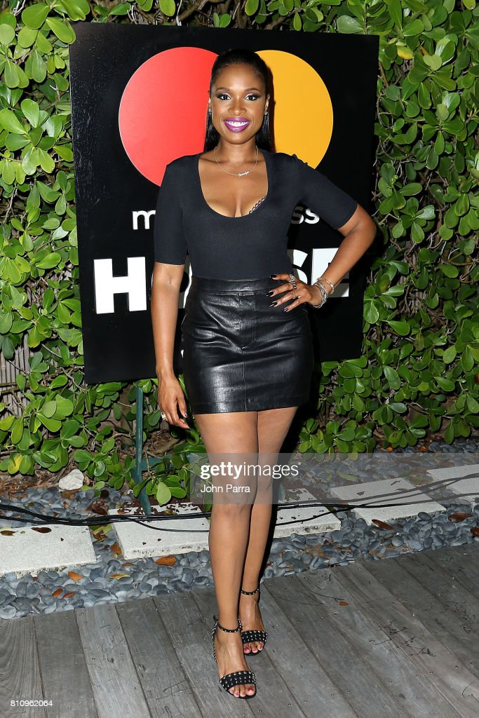 Jennifer Hudson attends SU2C Jennifer Hudson Concert At The Masterpass Houseon July 8, 2017 in Miami Beach, Florida.