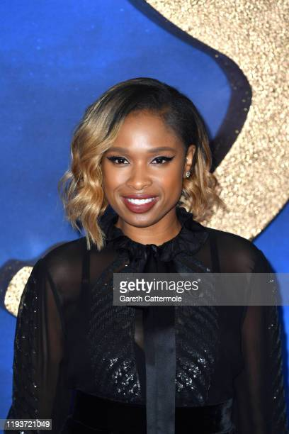 """Jennifer Hudson attends the """"Cats"""" photocall at The Corinthia Hotel on December 13, 2019 in London, England."""