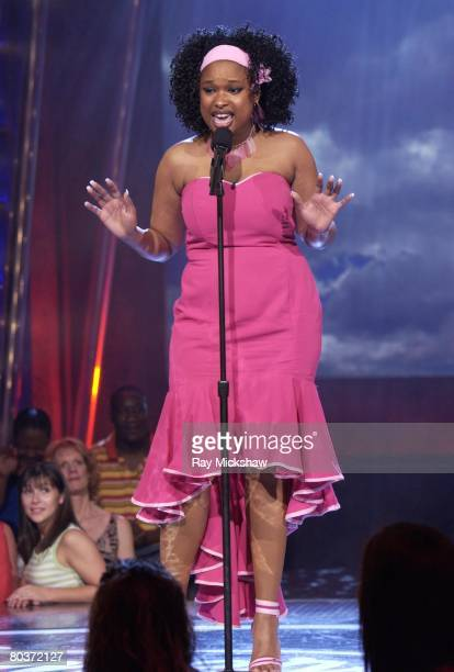 Jennifer Hudson competes on stage during a taping of 'American Idol' Season 3