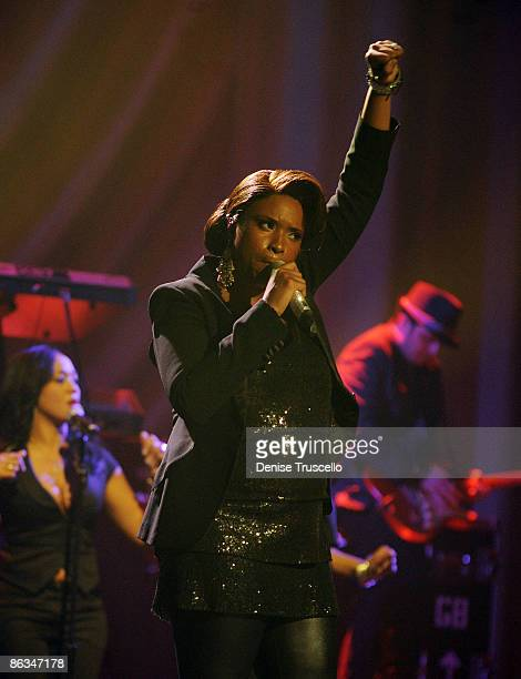 Jennifer Hudson performs at The Pearl in The Palms Casino Resort on May 1, 2009 in Las Vegas, Nevada.