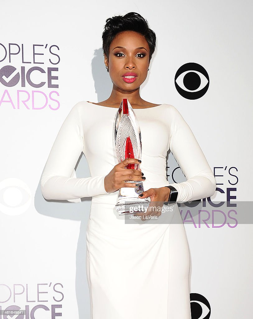 Jennifer Hudson poses in the press room at the 40th annual People's Choice Awards at Nokia Theatre L.A. Live on January 8, 2014 in Los Angeles, California.