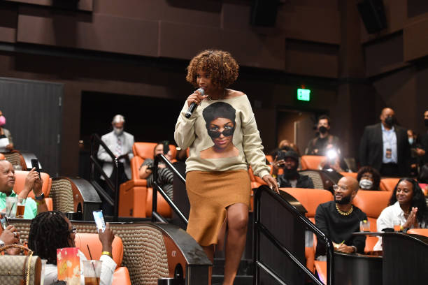 GA: Jennifer Hudson Surprises Fans At A 'Queens Night Out' Screening Of Her Movie 'Respect' In Atlanta