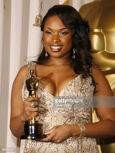 Jennifer Hudson winner Best Actress in a Supporting Role for Dreamgirls