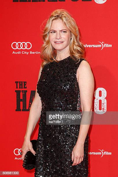 Jennifer Jason Leigh attends the premiere of 'The Hateful 8' at Zoo Palast on January 26, 2016 in Berlin, Germany.