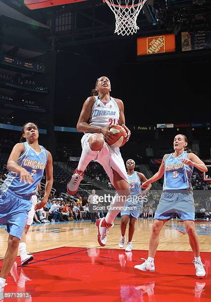 Jennifer Lacy of the Atlanta Dream puts up a shot against the Chicago Sky at Philips Arena on August 8, 2009 in Atlanta, Georgia. NOTE TO USER: User...