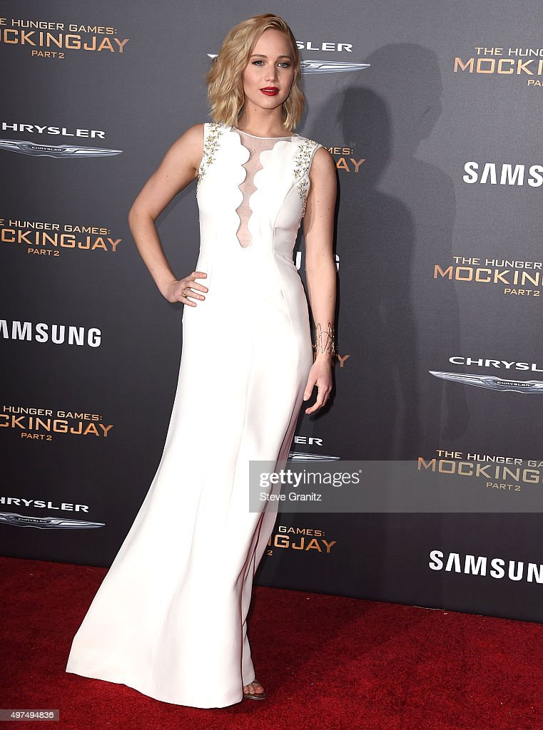 "Premiere Of Lionsgate's ""The Hunger Games: Mockingjay - Part 2"" - Arrivals : News Photo"