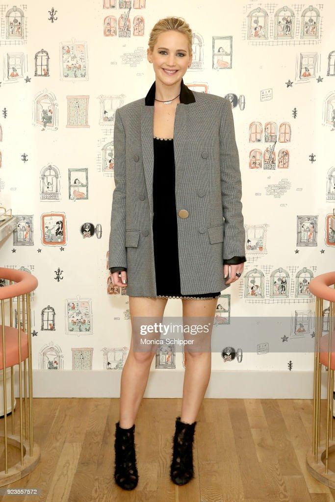 Jennifer Lawrence At The Wing Soho : Nachrichtenfoto