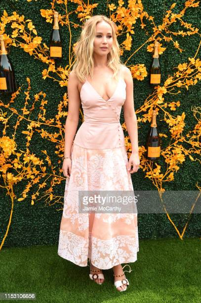 Jennifer Lawrence attends the 12th Annual Veuve Clicquot Polo Classic at Liberty State Park on June 01, 2019 in Jersey City, New Jersey.