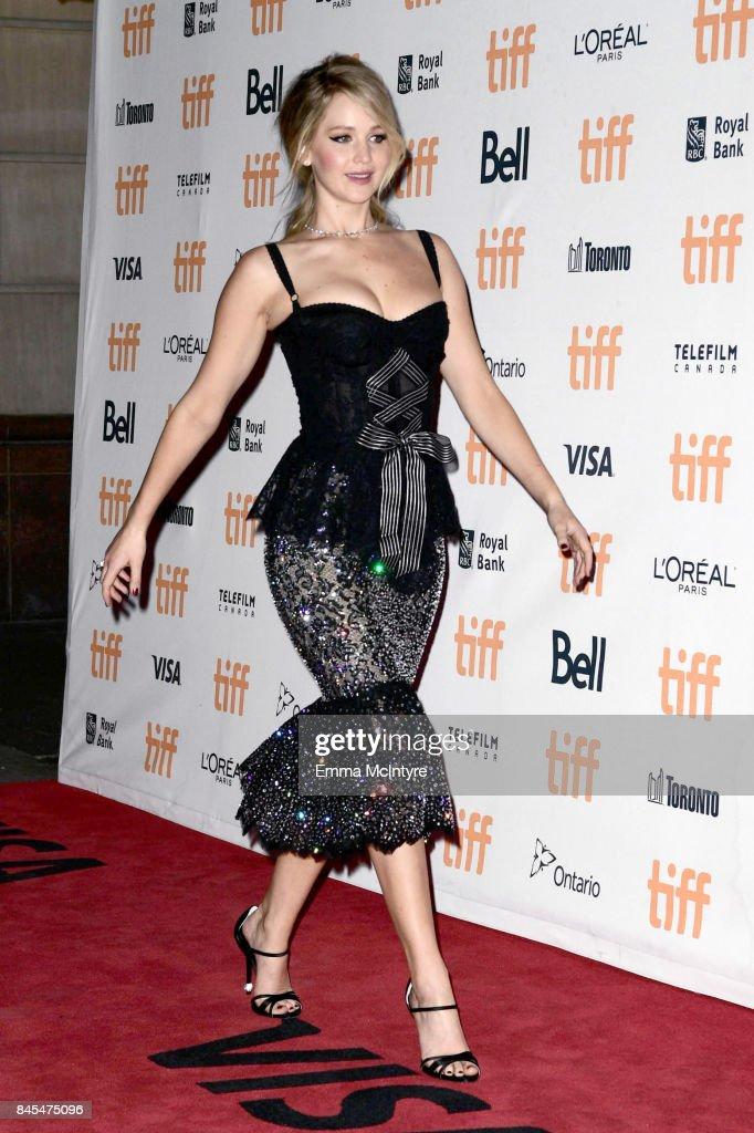 """""""mother!"""" 2017 Toronto International Film Festival Premiere : Nachrichtenfoto"""