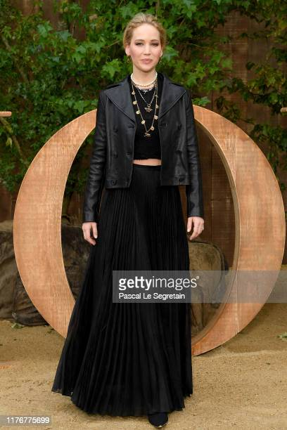 Jennifer Lawrence attends the Christian Dior Womenswear Spring/Summer 2020 show as part of Paris Fashion Week on September 24, 2019 in Paris, France.