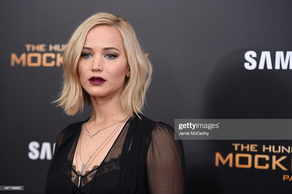 """The Hunger Games: Mockingjay- Part 2"" New York Premiere : News Photo"