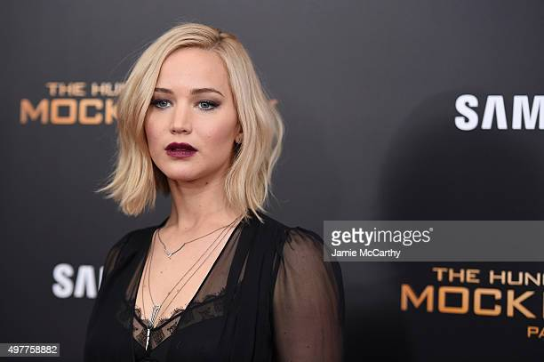 Jennifer lawrence getty images jennifer lawrence attends the hunger games mockingjay part 2 new york premiere at amc voltagebd Image collections